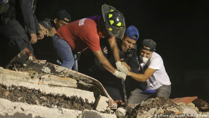 México, día tres después del sismo: dolor, solidaridad y esperanza
