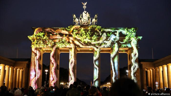 Berlin, Festival of Lights am Brandenburger Tor (picture-alliance)