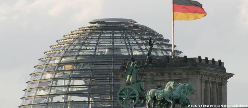 Ζάιμπερτ: Ευχόμαστε να υπογραφεί σύντομα η συμφωνία