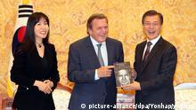 Südkorea Schröder-Biografie in Südkorea vorgestellt