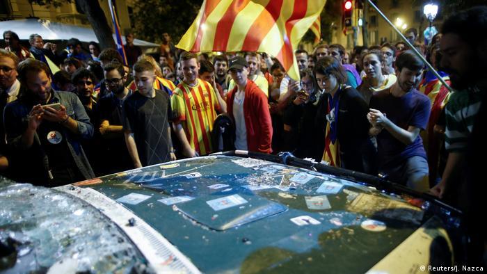 تظاهرات در بارسلون برای استقلال کاتالونیا از اسپانیا (۲۱ سپتامبر ۲۰۱۷)