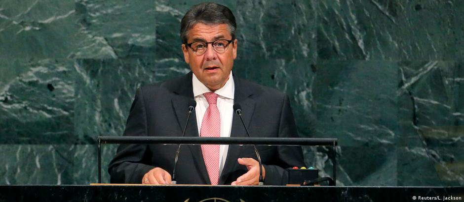 German Foreign Minister Sigmar Gabriel addresses the 72nd United Nations General Assembly (Reuters/L. Jackson)