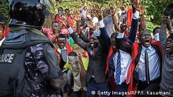 Uganda Proteste und Ausschreitungen in Kampala