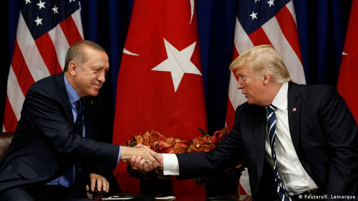 USA trump und Erdogan Treffen in New York (Reuters/K. Lemarque)