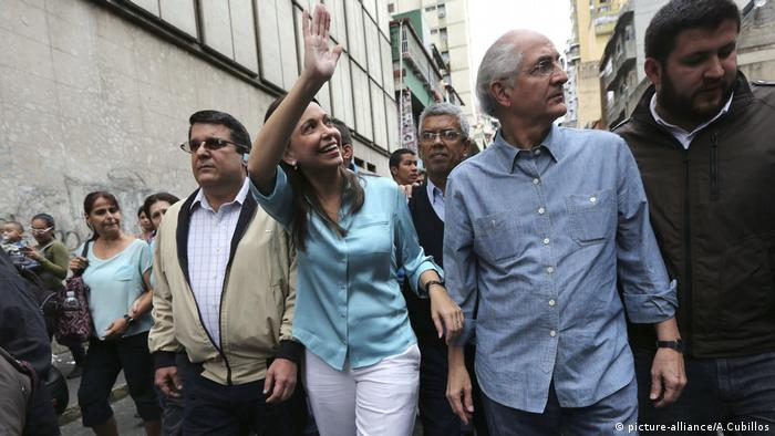 Venezuela, Oppositionspolitikerin María Corina Machado (picture-alliance/A.Cubillos)