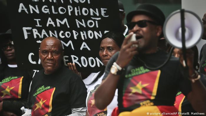 USA Protest für nationale Einheit vor dem Hotel von Kameruns Staatschef Biya in New York