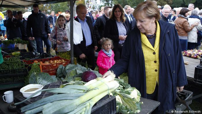 Lauterbach, Angela Merkel, Bundeskanzlerin, Wahlkampf (Reuters/A.Schmidt)