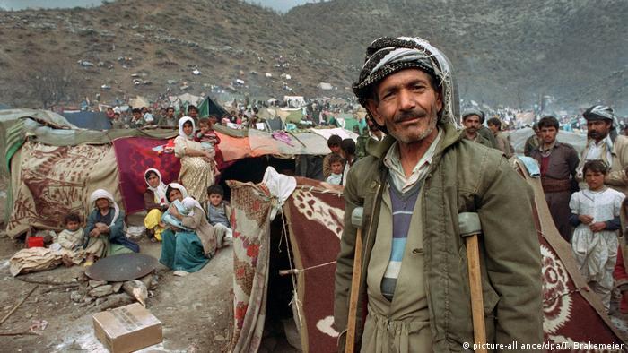 Irak Bürgerkrieg Kurdische Flüchtlinge (picture-alliance/dpa/T. Brakemeier)