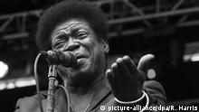 USA Soulsänger Charles Bradley beim Shaky Knees Musikfestival in Atlanta (picture-alliance/dpa/R. Harris)