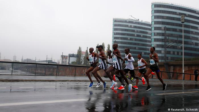 Deutschland Berlin Marathon (Reuters/A. Schmidt)