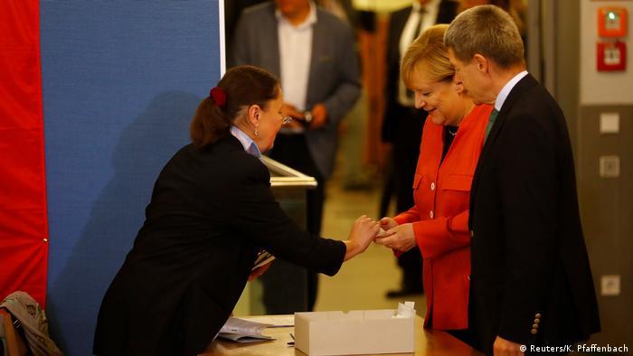 Bundestagswahl 2017 | vor Stimmabgabe Angela Merkel, Bundeskanzlerin (Reuters/K. Pfaffenbach)