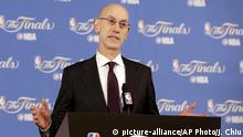 01.06.2017 FILE - In this June 1, 2017, file photo, NBA Commissioner Adam Silver speaks at a news conference before Game 1 of basketball's NBA Finals between the Golden State Warriors and the Cleveland Cavaliers in Oakland, Calif. A person with knowledge of the situation says Silver may soon have the ability to fine teams for resting players in certain situations, starting this season. The NBA's Board of Governors will vote on the proposal at their scheduled meeting later this month, according to the person who spoke to The Associated Press, Friday, Sept. 15, 2017, on condition of anonymity because details were not announced publicly. (AP Photo/Jeff Chiu, File)  