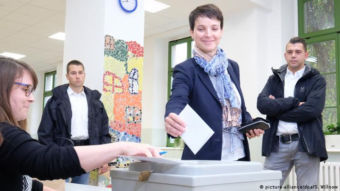 Bundestagswahl 2017 | AfD - Frauke Petry, Bundesvorsitzende (picture-alliance/dpa/S. Willnow)