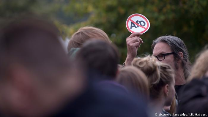 Bundestagswahl 2017 | Protest gegen AfD in Berlin (picture-alliance/dpa/K.D. Gabbert)