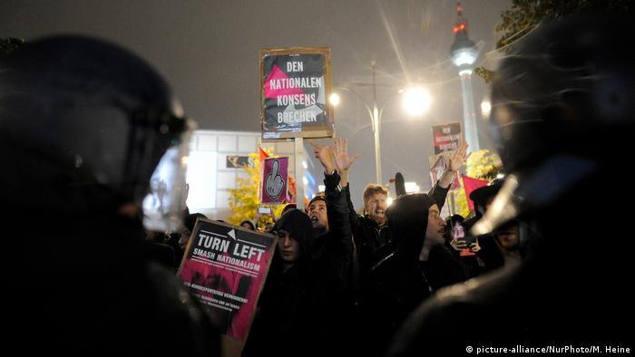 Deutschland Bundestagswahl- Proteste gegen AfD (picture-alliance/NurPhoto/M. Heine)