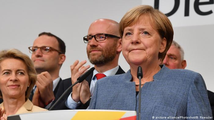 Deutschland Bundestagswahl Merkel (picture-alliance/Photoshot/B. Roessler)