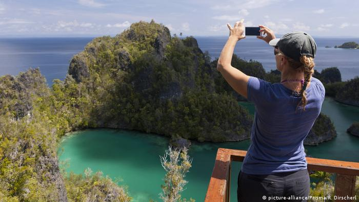 Trouble in Indonesian tourist paradise