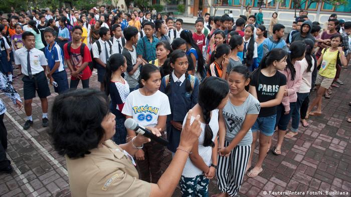 Indonesien Gunung Agung drohender Vulkanausbruch auf Bali (Reuters/Antara Foto/N. Budhiana)