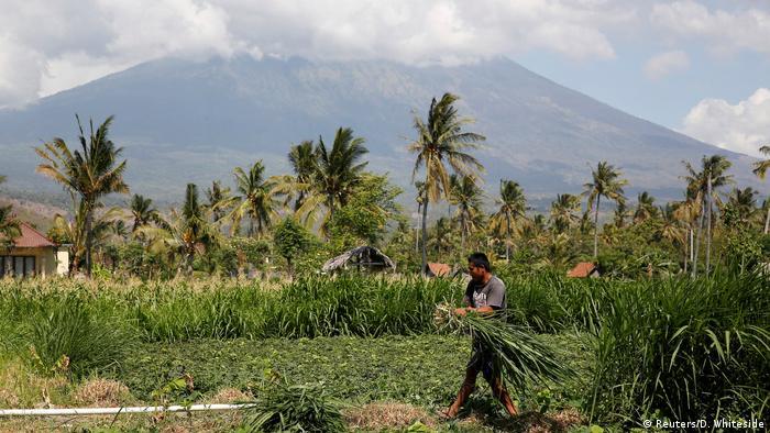 Indonesien Gunung Agung drohender Vulkanausbruch auf Bali (Reuters/D. Whiteside)