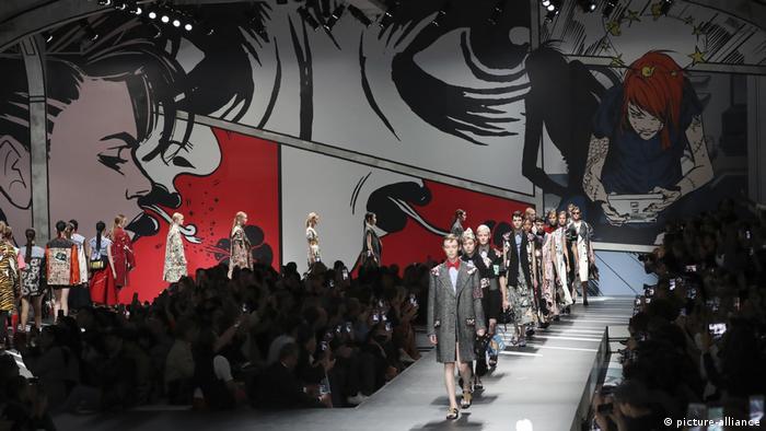 Italien, Mailand, Modenschau, Prada (picture-alliance)