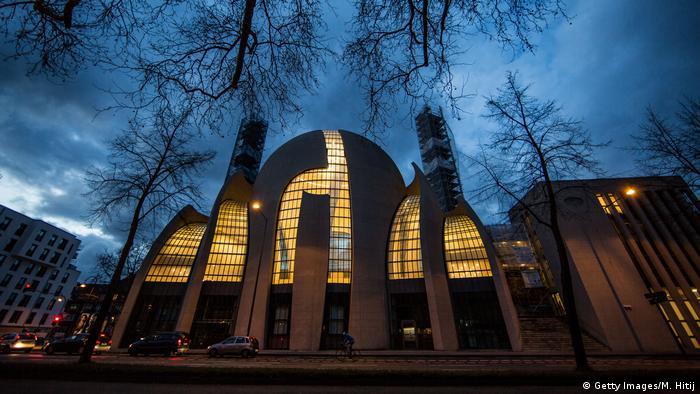 Köln Moschee (Getty Images/M. Hitij)