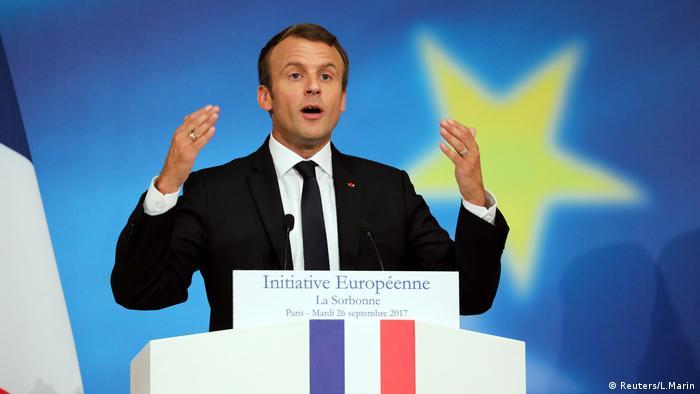"Macron propõe reforma de UE ""fraca e ineficiente"""