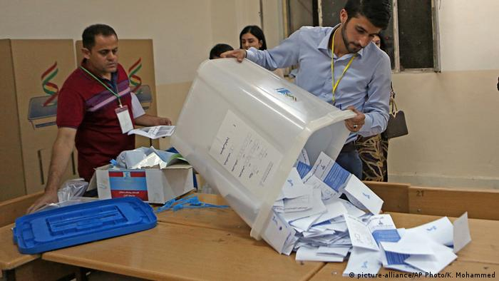 Irak Referendum der Kurden (picture-alliance/AP Photo/K. Mohammed)