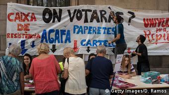 Spanien Vorbereitungen für das Referendum in Barcelona (Getty Images/D. Ramos)