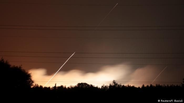 Вибухи на складах боєприпасів в Україні почастішали. На фото: вибухи на складі поблизу Калинівки