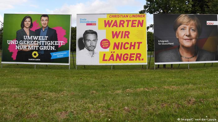 Deutschland Bundestagswahl 2017 Wahlplakate Die Grünen FDP CDU (Imago/C. von der Laage)