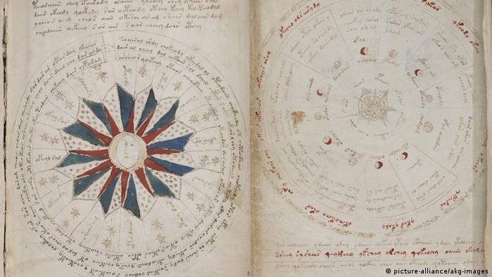 Voynich-Manuskript Astronomische Diagramme (picture-alliance/akg-images)