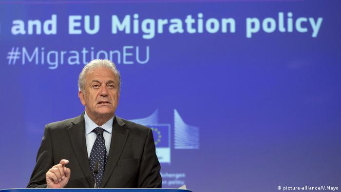Brüssel, Dimitris Avramopoulos, EU-Kommissar Migration (picture-alliance/V.Mayo)