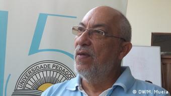 Mosambik Lehrer Manuel de Morais (DW/M. Mueia)