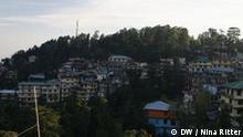 Bild der Autorin Nina Ritter aus Dharamsala der Exilhauptstadt der Tibeter, eingekauft als Multimedia-Pakt vom DP. März 2009