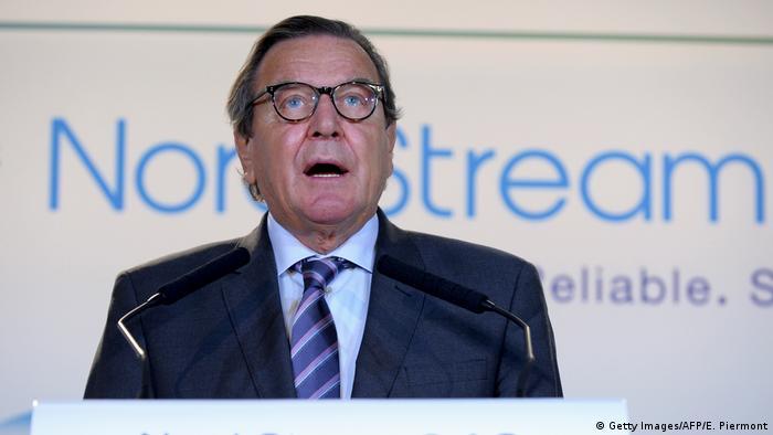 Frankreich Gerhard Schroeder bei Unterzeichnungszeremonie Nord Stream 2