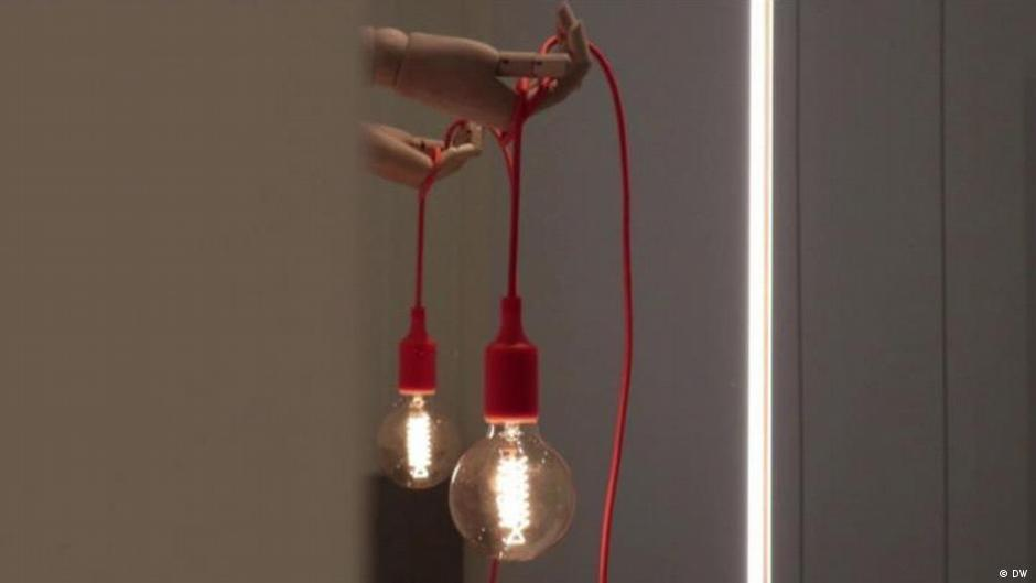 How To Make A Wooden Hand Lamp Dw
