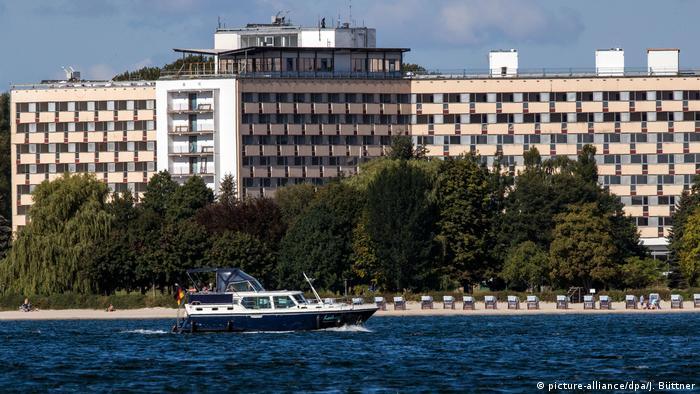 Empty Müritz hotel and beach