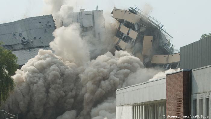 Müritz Hotel being demolished