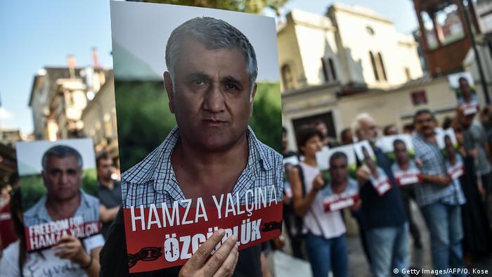 In der Türkei demonstrierten Menschen für die Freilassung von Hamza Yalcin