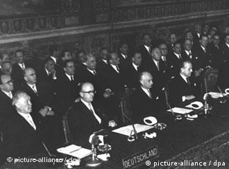 Конференц-зал накануне подписания Римского договора (25 марта 1957 года)