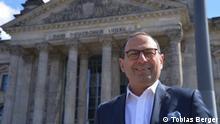Griechischstämmiger Bundestagsabgeordneter der FDP - Grigorios Aggelidi