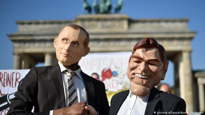 BdT mit Deutschlandbezug 29.09.2017 - Protestaktion in Berlin - Putin und Schröder