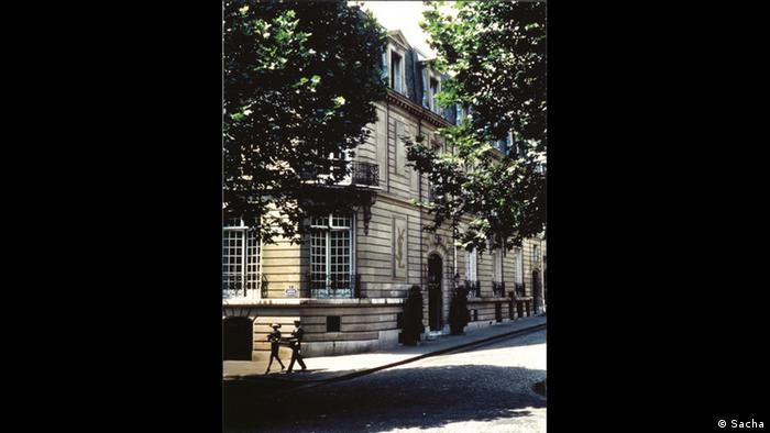 Gebäude des Museums von Yves Saint Laurent in Paris (Foto: Sacha)