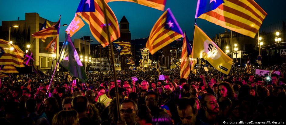 Manifestação a favor da independência da Catalunha em Barcelona, nas vésperas do referendo