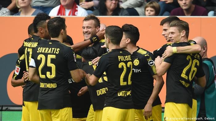 Shinji Kagawa Scores The Chip Of Dreams Against Augsburg