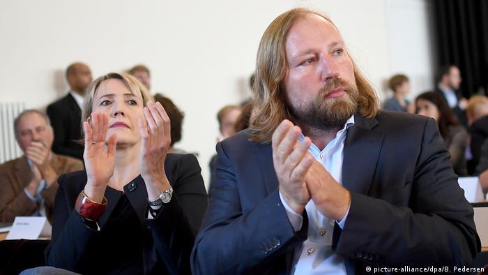Deutschland Länderrat Bündnis 90/Die Grünen   Simone Peter und Anton Hofreiter (picture-alliance/dpa/B. Pedersen)