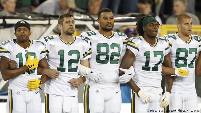 USA Green Bay Packers Protest (picture alliance/AP Photo/M. Ludtke)