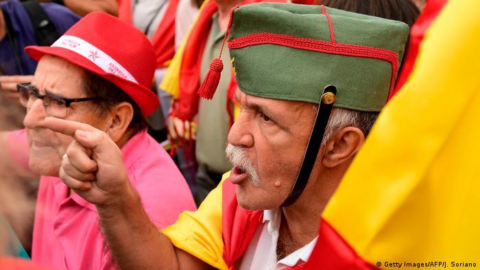 Spanien Referendum Katalonien Gegendemonstration (Getty Images/AFP/J. Soriano)