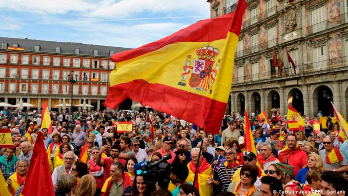 Spanien Referendum Katalonien Gegendemonstration (Getty Images/AFP/J. Soriano)