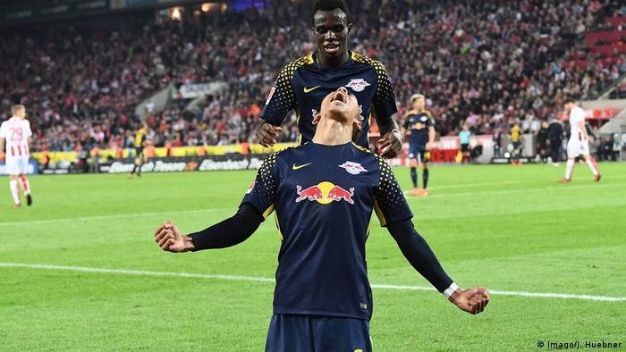 1. Bundesliga 7. Spieltag | 1. FC Köln - RB Leipzig - Tor 0:2 (Imago/J. Huebner)